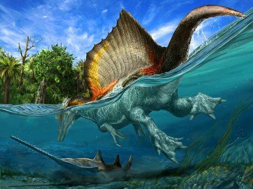 Un dinosaure en train de nager dans l'eau.