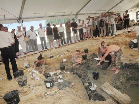 Fouille paléontologique à Angeac en Charente.