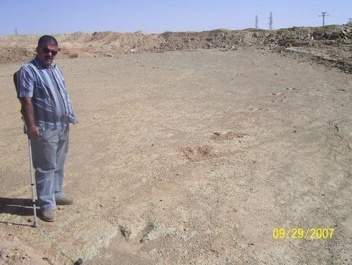 Site paléontologique en Algérie, à piste d'empreintes de pas de dinosaure.