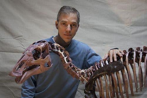 Squelette fossile d'Ugrunaaluk.